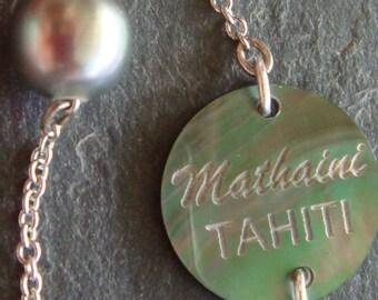 Black Tahitian Pearl strung on fine chain bracelet