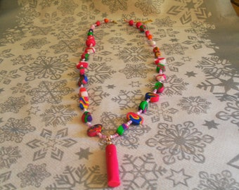 trendy, original necklace, colorful (pink and multicolor)