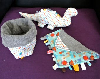 Sound dinosaur blanket labels and matching pouch