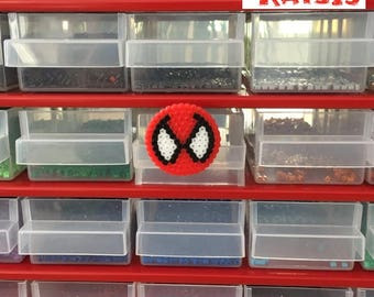 Spiderman badges beads handmade mini hama hand geeky Pixel Art