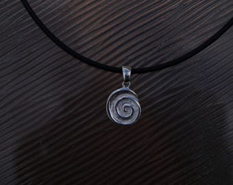 Necklace with Symbol Pendant made with Sterling Silver 925/-