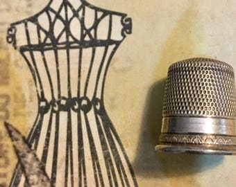 Vintage Sterling Silver Thimble with Delicate Design