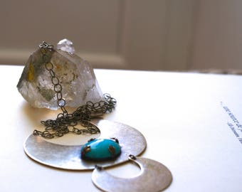 TURQUOISE HIPPIE NECKLACE