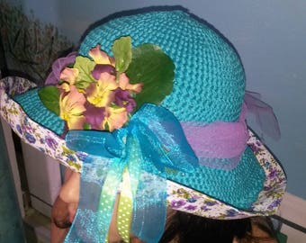 girl turquoise crochet cotton hat and flower series print