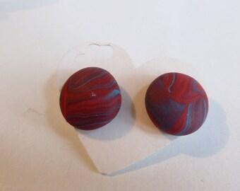 Stud Earrings round flat red blue