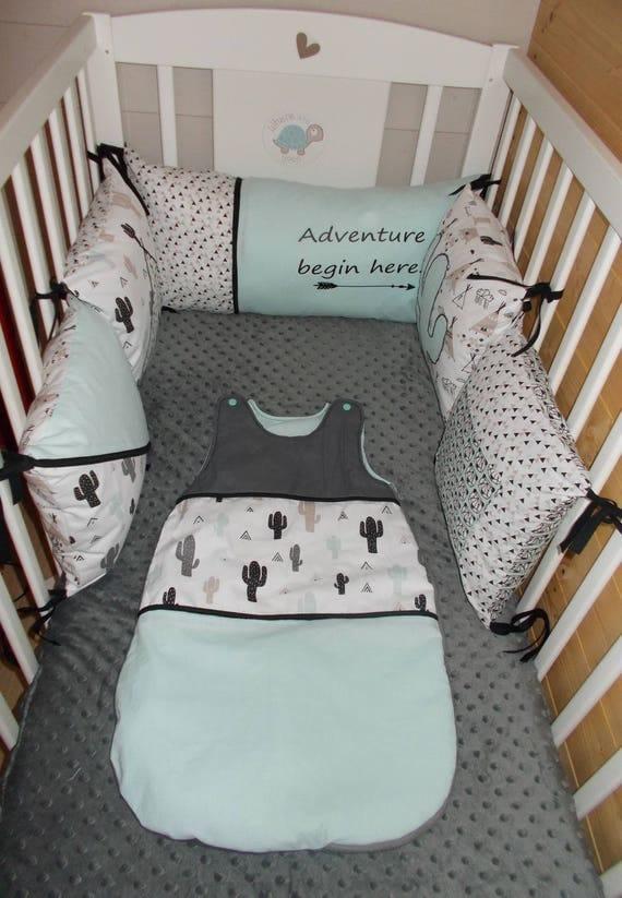 Exceptionnel tour de lit 5 coussins déhoussables sur le theme PU76