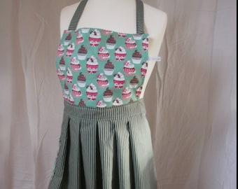 "retro style kitchen apron ""Jeannette"""