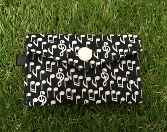 Clutch wallet pattern of musical Notes