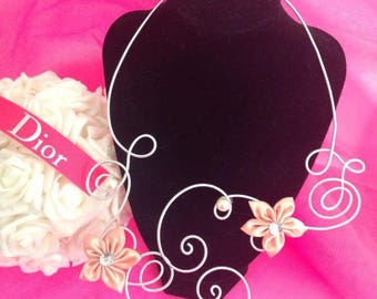 Fancy silver with Fleur de salmon Satin and Pearl Necklace
