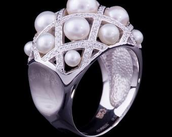 Amazing White Gold Women's Ring, Pearl Stone & Diamond