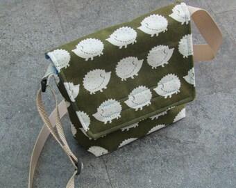 Hedgehog patterned Messenger bag, Shoulder bag, adjustable strap, velcro fastening!