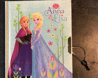 Diary or secret book with illustrated lock - Elsa and Anna - frozen - Disney - gift box Queen