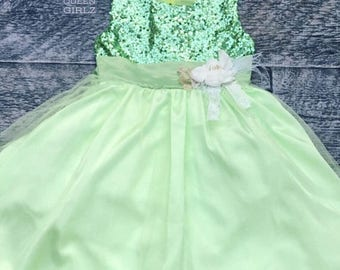 SALE Lime green flower girl dress, party dress, birthday dress, flower girls dress, Easter dress, toddler birthday dress, wedding dress
