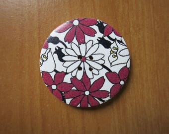 Large button 40mm plum/black/white floral