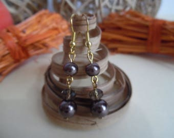 Brown and gold pierced earrings