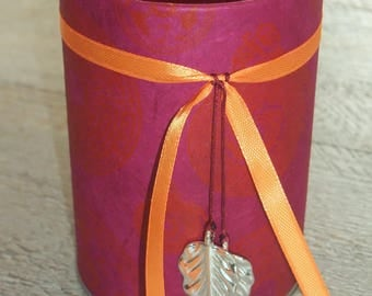 Pencil holder (No. 135) red and orange harmony