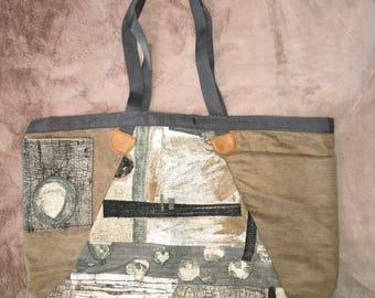 Shoulder bag, Scotch Guarded, Waterproof, Lined, Lake Bag, Green Lining, Inside Pockets, Outside Pockets