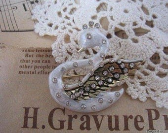 White Swan girl brooch