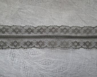 grey lace, Ribbon 3.5 centimeters tall