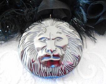 x 1 45 mm non magnetic Hematite grey lion head pendant.