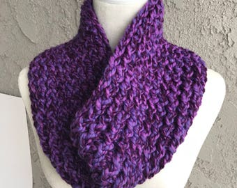 Handmade Knitted Circle/Infinity Scarf Item #3019