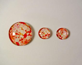 3 cabochons - white and pink flowers - 25mm and 12mm - jewelry creations - embellishment