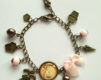"""Miss greedy"" bracelet with charms"