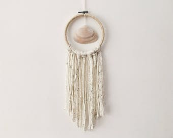 Shell dream catcher, ocean dream catcher, small dream catcher, beach dream catcher, boho dreamcatcher, nursery dreamcatcher