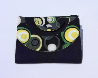Wallet in black fabric and patterns circles