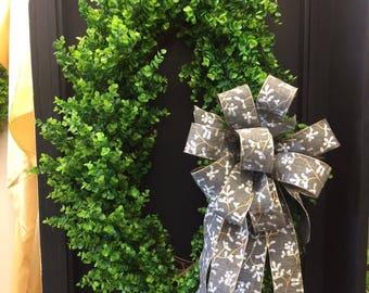 Large Oval Boxwood Wreath