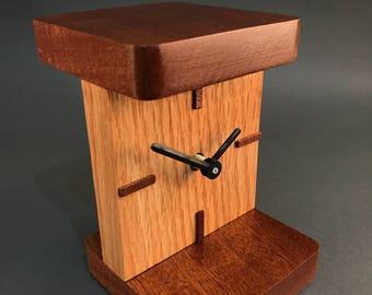 Oak And Mahogany Mantel / Desk Clock