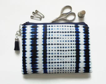Mum gifts, Zipper Pouch, Indigo, Tie dye, Shibori,  small zipper bag, sewing pouch, wallet pouch.