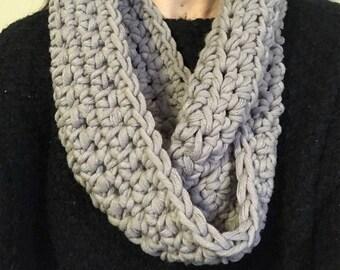 The GEORGIA cowl scarf