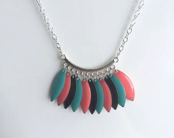 Silver necklace, multicolored shuttles
