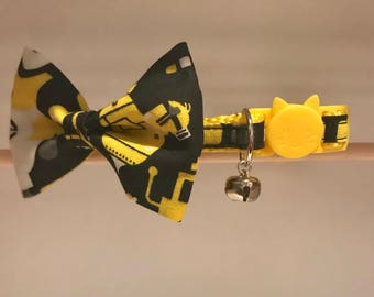 """Minions Cat Collar and Bow Tie - """"Minions"""" - Breakaway Cat Collar / Kitten Collar / Dog Bow Tie"""