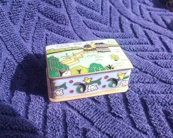 "Enamel Cloisone PILL BOX Snuff Box Far East Design Brass Flawless 1 x 2"""