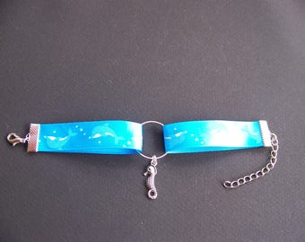 Blue bracelet came from the Sea (children)