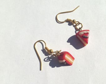 Earrings hand cake Strawberry