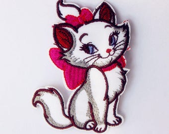 x 1 applique badge/patch embroidered onto the Aristocat Marie 7.8 x 5.7 cm