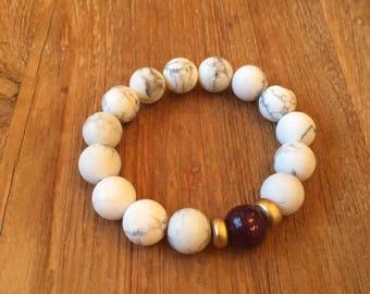 Howlite PLUM bracelet