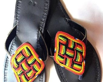 ON SALE Sandales Femmes, Sandales africaines, Sandales colorées,Sandales perlées, Sandalias Africanas, Sandalias lindas, Sandales pour femme