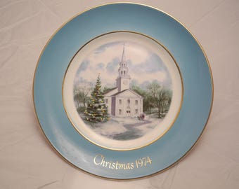 Avon 1974 Christmas Plate Series 8th Edtion