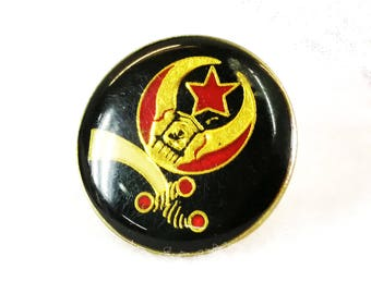 Daughters of the Nile Pin