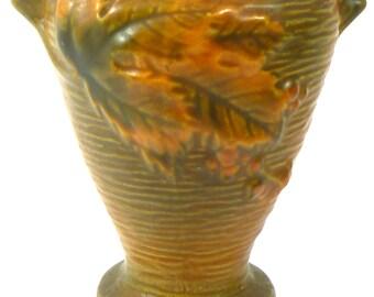 Vintage Roseville BushBerry Vase 28-4