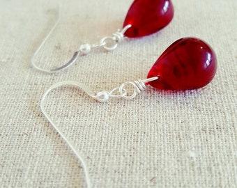 Garnet Red Earring • Red Dangle Earring • Red Drop Earrings • Burgundy Red Glass Earring • Dark Red Teardrop Earring • Garnet Silver Earring