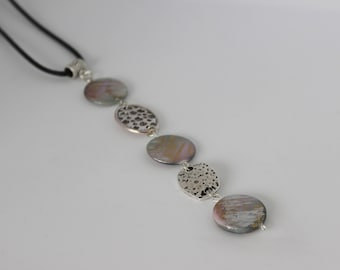 Vertical original gray silver necklace and acrylic.