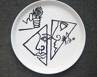 """Large """"Triangle"""" stoneware plates"""
