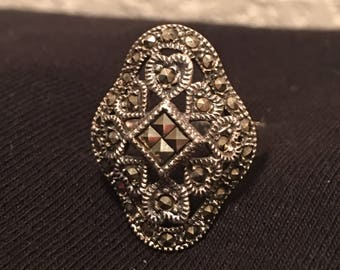 Vintage style stirling and marcasite ring, size 8