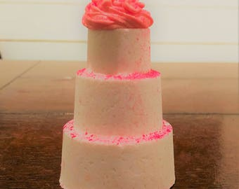 Cake Bath Bomb