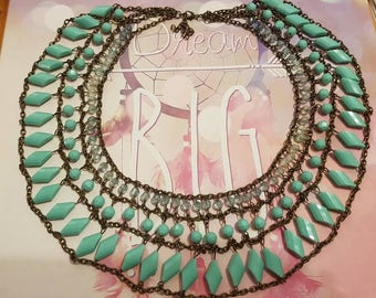 Beautiful large statement collar necklace